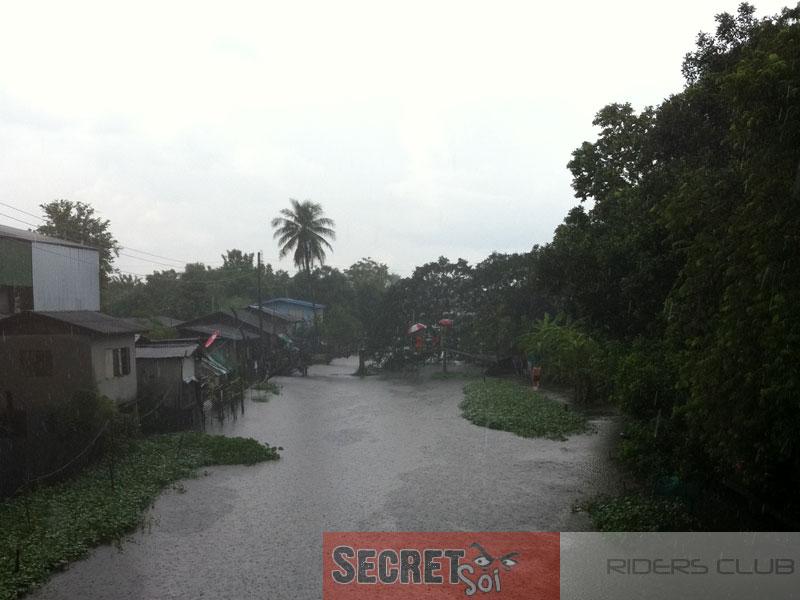 Oct15thMinburiFlood1SSR.jpg