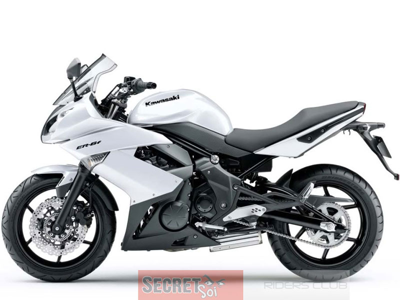 http://www.asianconnection71.com/kawasaki_ER6f_2010WhtSSR.jpg